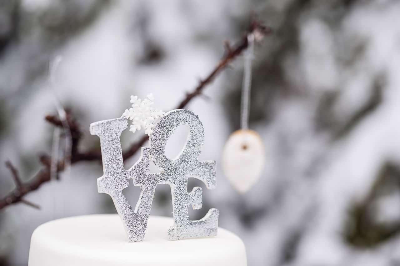 wedding-shot-snow-black-forest-by-rockwedding10