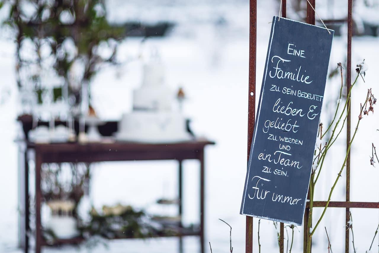 wedding-shot-snow-black-forest-by-rockwedding19