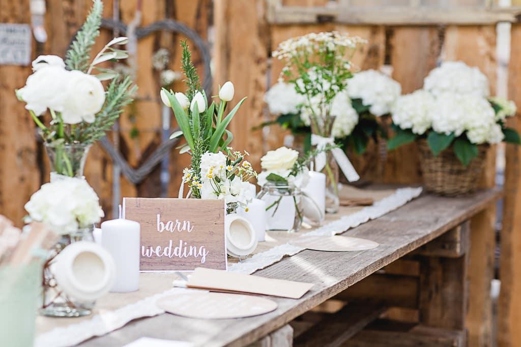 160402-Bridal-Tea-Time-569-barn-wedding-freiburg