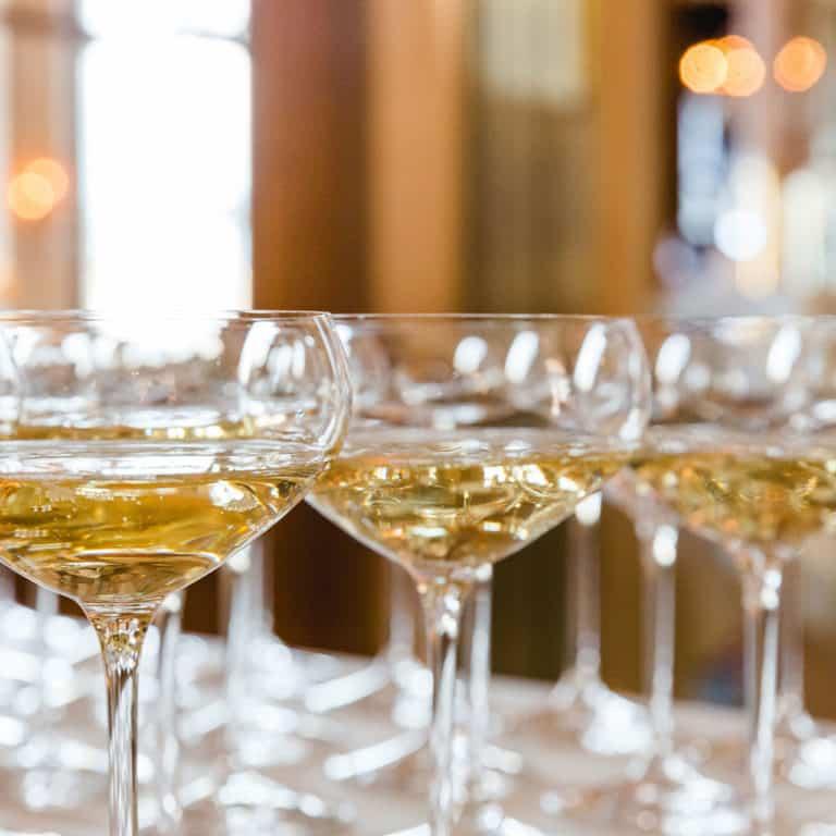 champagner_empfang_hochzeit_freiburg