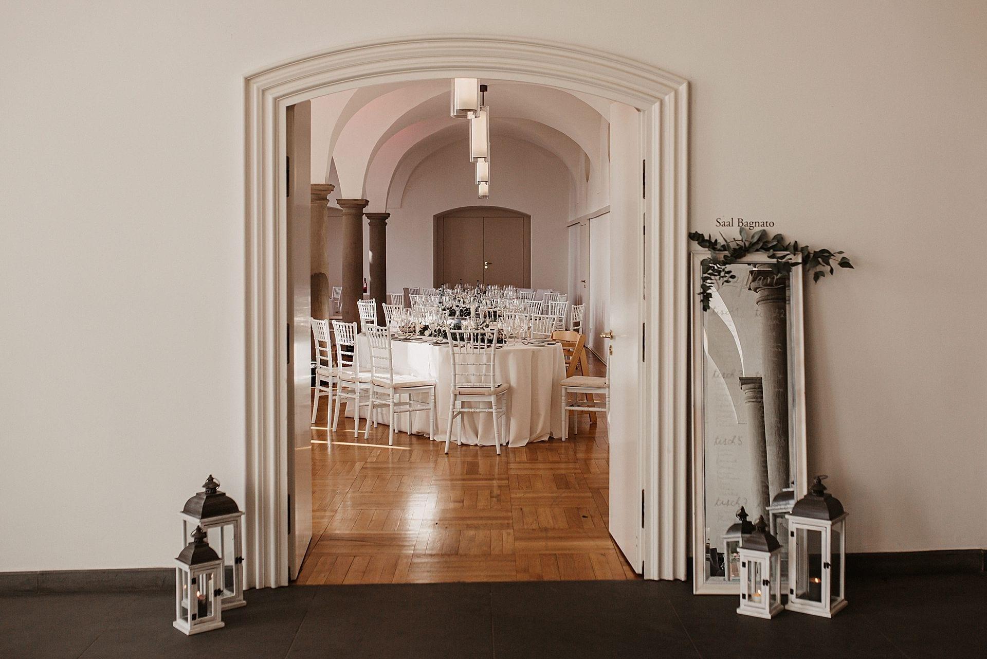 Türbogen zum Speisesaal des Schloss Meersburg.